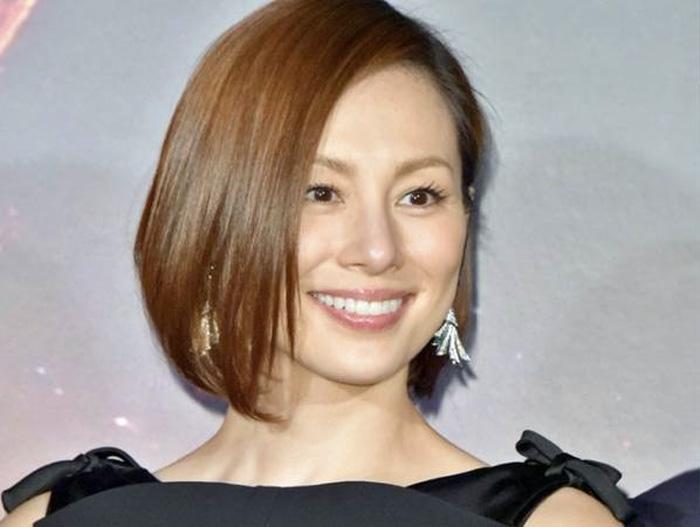 米倉涼子がオスカーを退社した理由は円満退社ではなくアルゼンチン人との結婚(再婚)?