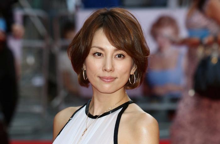 米倉涼子がオスカーを退社した理由は結婚(再婚)だけじゃなかった?!