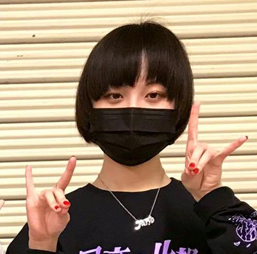 【画像】Adoの素顔が超絶かわいい?!