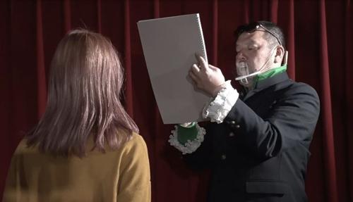 『うっせぇわ』の絵師・WOOMAは超絶かわいい?!顔や性別・年齢は?